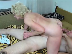 elderly grandmother got stripped and boned xxx way