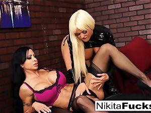 Nikita Von James and clitoris Jade screw
