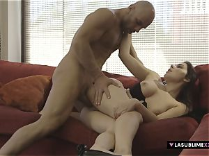 LASUBLIMEXXX Valentina Nappi pleases a wild guy