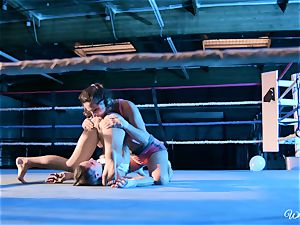 strenuous slit tonguing in boxing ring