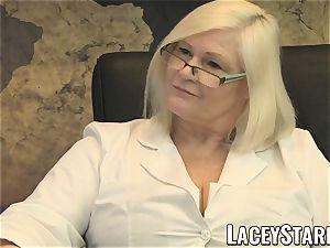 LACEYSTARR - GILF eats Pascal milky spunk after romp