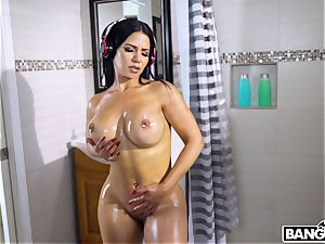 huge-chested chick toilet smash