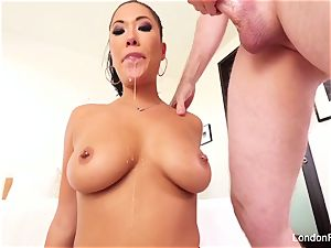 jaw-dropping asian London Keyes knows how to suck lollipop