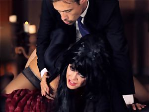 ebony haired Alison Tyler ravages her suited lover