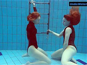 2 scorching teens underwater