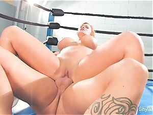 blonde honey Shyla gets a lesson in fighting