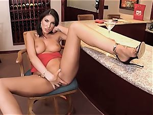 AUGUST AMES GIVE A WORLD CLASS oral job AT THE BAR
