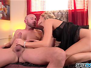 Spizoo - uber-sexy Jessa Rhodes is plowed by a large rod