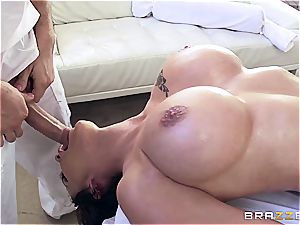 huge-chested Peta Jenese receives xxx rubdown