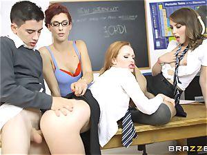 lucky schoolgirl Jordi gets into trio steamy honeypots at school