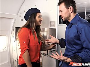 Can be expecting some turbulence with Eva Lovia on this flight