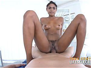 Luna Corazon - multiracial Shool pound