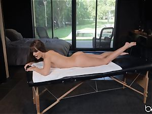 Kimmy Granger humped by suspended german massagist