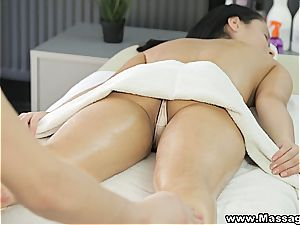 massage X - Kristall Rush - Her tiny glamour secret