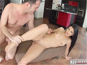 Allinternal super-sexy honey cascades jism out of her vag