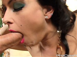 vintage pipe licking brown-haired ultra-cutie Jessica Jaymes