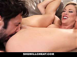 SheWillCheat hotwife wifey Gags on beef whistle